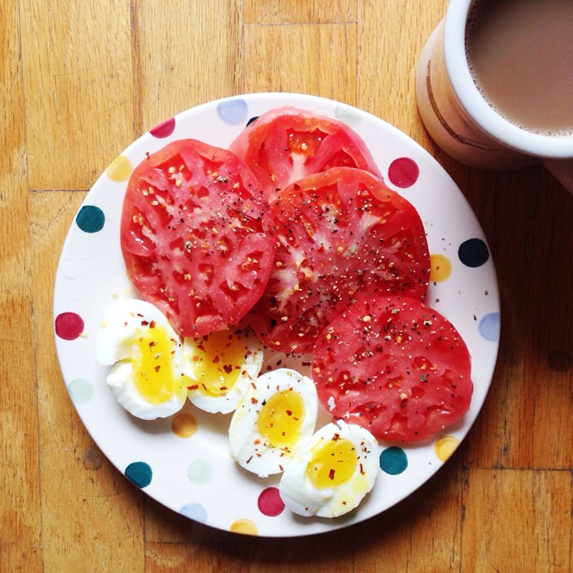 Taking advantage of tomatoes before tomato season is over! #breakfast #finallyfiguredouthowtosoftboileggs