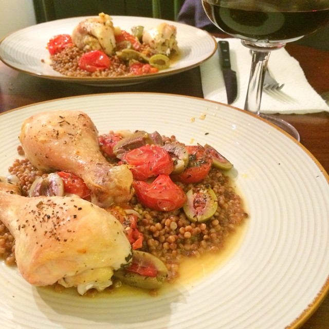 It's so satisfying when you see a beautiful recipe in your fav magazine and go for it and it comes out perfect. I feel like an actual grown up woman after baking real chicken (instead of just sauteeing chicken breasts per usual). Props to @realsimple for an amazing recipe! Baked chicken legs with tomatoes and olives. I served over Israeli couscous ?#dinner